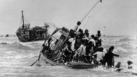 Monumentalizing refugee heritage: Vietnamese boat people memorials